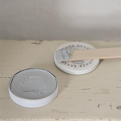 "Vintage Antique Wax ""Light Grey"" 35 gram"