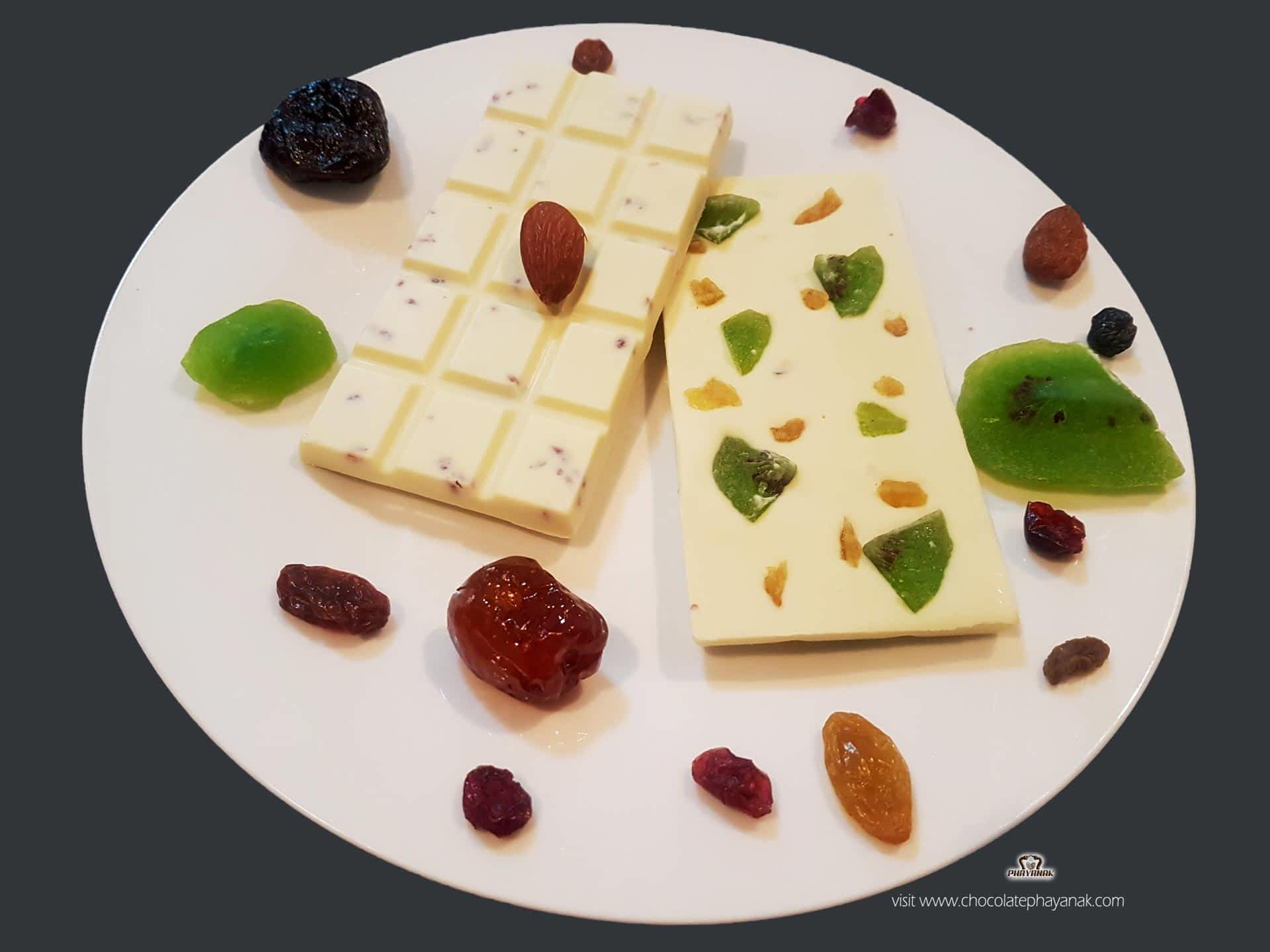 White chocolate bars with vibrant tropical fruits